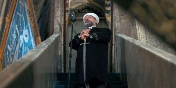 AyaSofya Cami Hutbe with Sword
